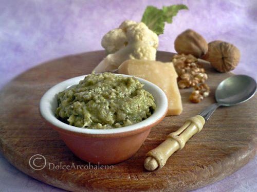 Pesto di broccoli e noci con un ingrediente segreto