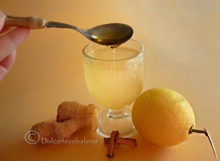 Tisana con miele e limone