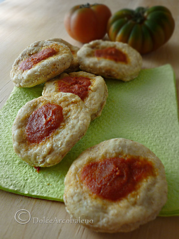 Pizzette rosse integrali by Dolcearcobaleno