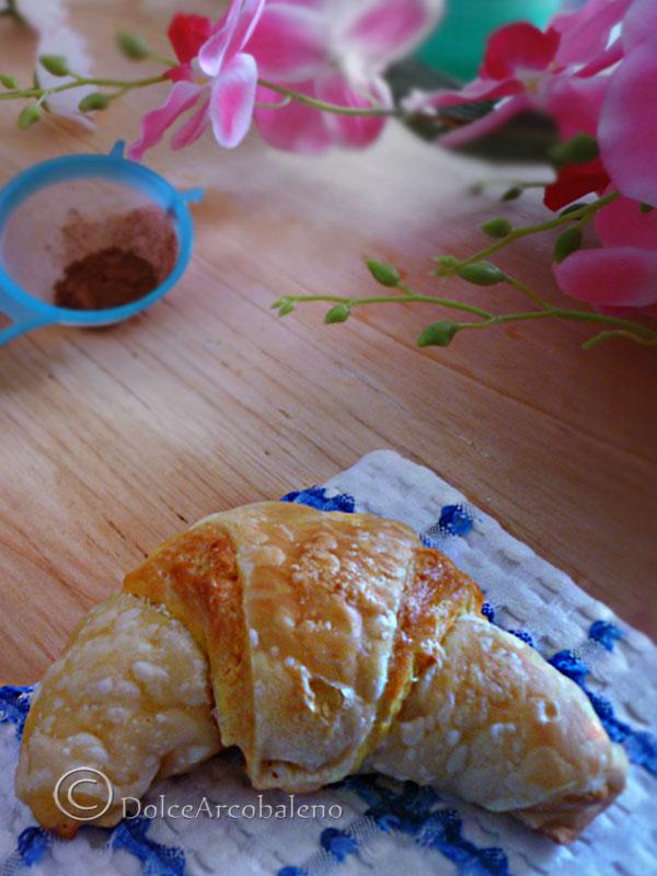Cornetti di pasta sfoglia e pasta brioche by Dolcearcobaleno