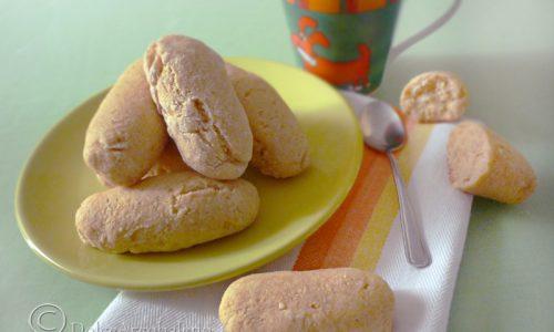 Biscotti con yogurt mais e farina di riso
