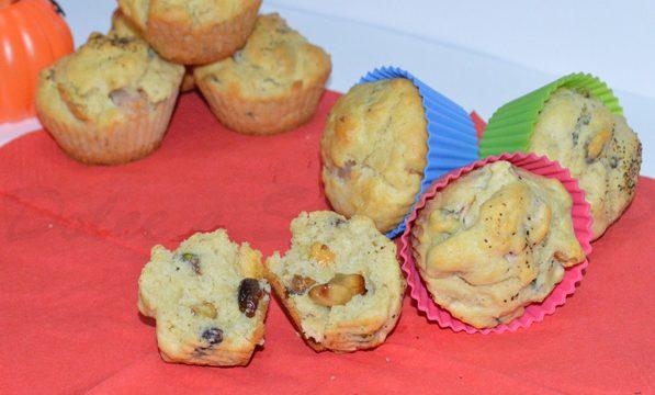 Muffin salati pistacchi e castagne, ricetta sfiziosa
