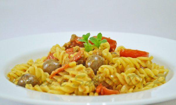 Fusilli olive e patè di capperi, ricetta gustosa