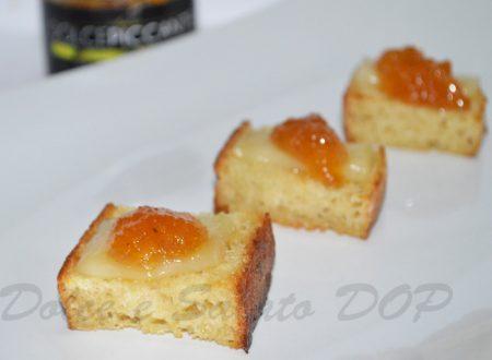 Crostini con marmellata di cotogne