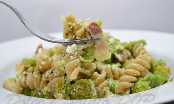 Fusilli broccoli e pancetta, ricetta golosa
