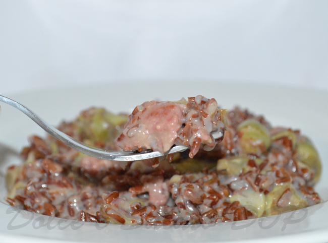 riso rosso salsiccia e carciofi