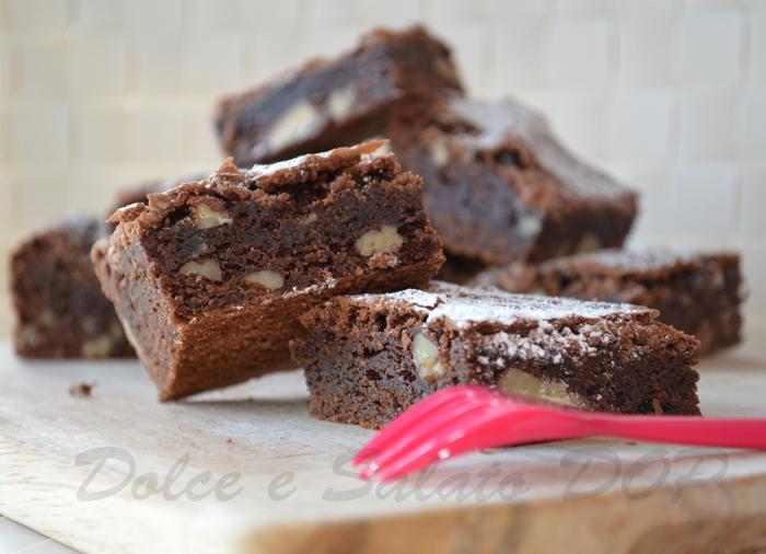 brownies al caffè e noci pecan