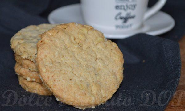 Biscotti ai fiocchi d'avena, ricetta per la colazione