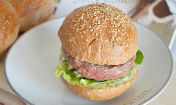 Panini per hamburger, ricetta di antonella scialdone