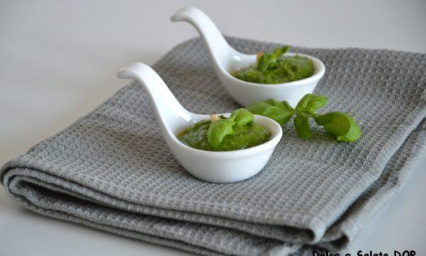 Pesto alla genovese, ricetta con il frullatore
