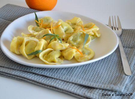 Tortellini con crema all'arancia