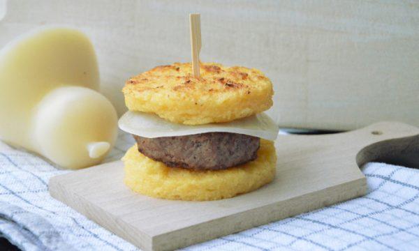 Hamburger di polenta, ricetta del riciclo