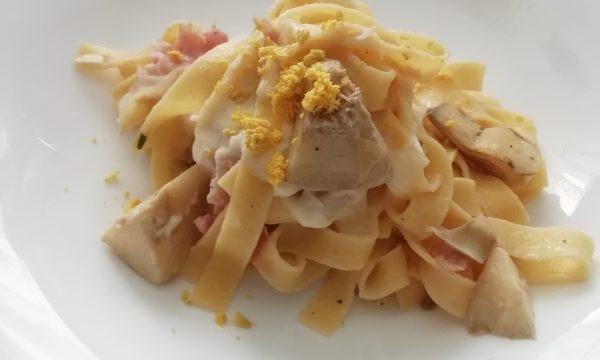 Lasagne al sugo di carciofi con fonduta di Taleggio