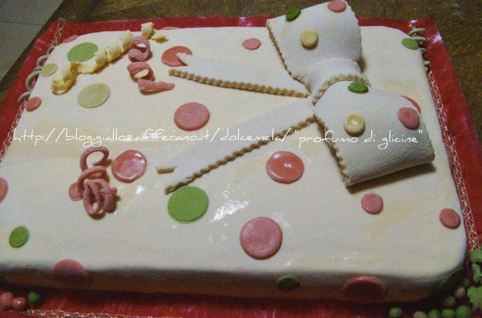 Torta di carnevale – ricetta con marshmallow fondant
