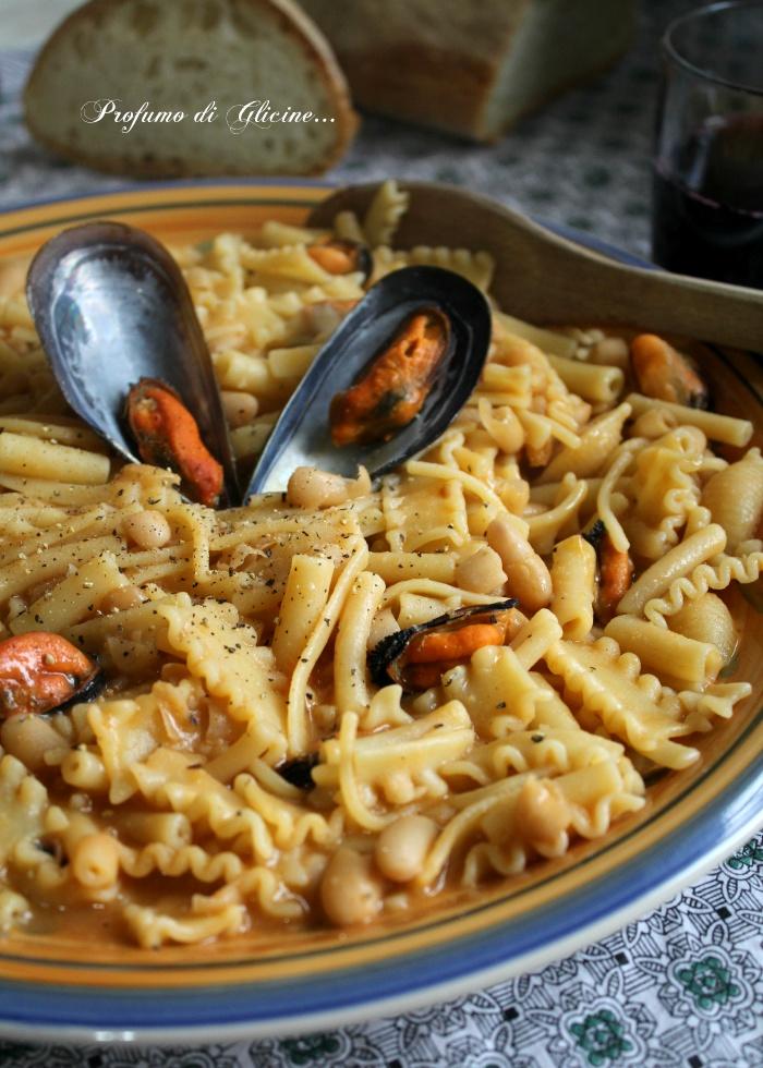 Minestra di pasta e fagioli con le cozze