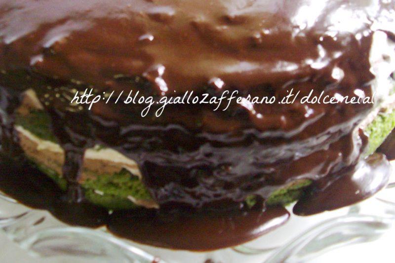 Torta al te matcha con crema al burro e trionfo di cioccolato