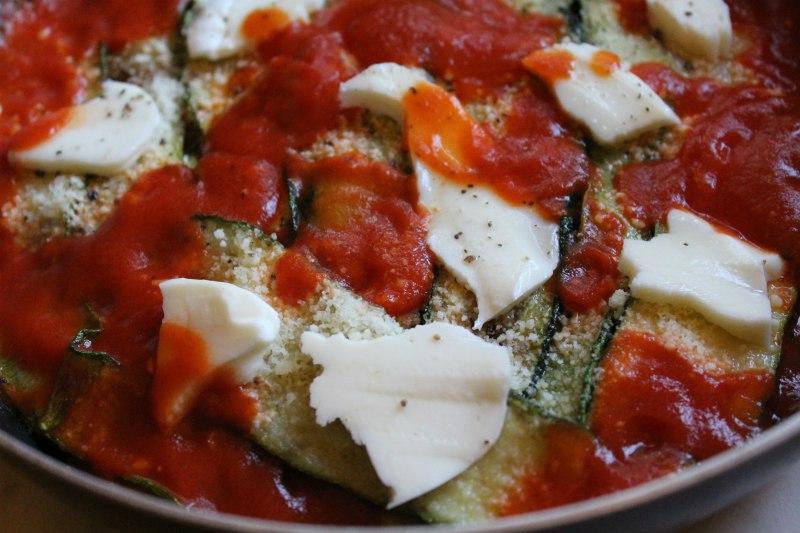 Parmigiana di zucchine senza forno