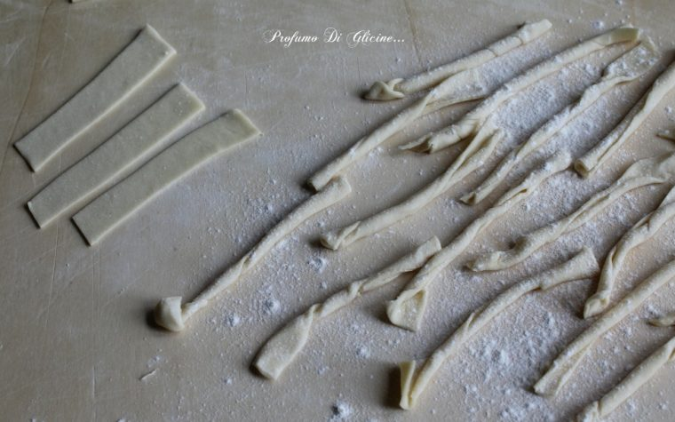 Gli strozzapreti pasta fresca fatta in casa ricetta semplice