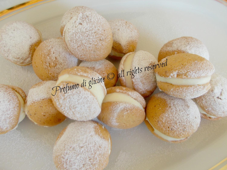 baci con crema al limone e cioccolato bianco ricetta di Salvatore De Riso nella cucina di profumo di glicine