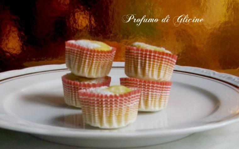 Muffins con gocce di cioccolato e pere
