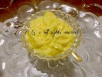 crema pasticcera ricetta di base nella cucina di profumo di glicine