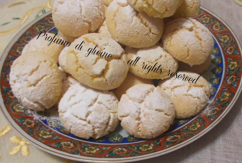 biscotti di semola . ricetta rivisitata al profumo di limone