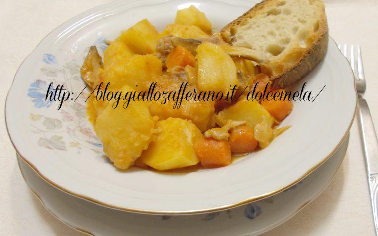 Patate in umido con salsiccia e funghi porcini freschi – ricetta per il freddo
