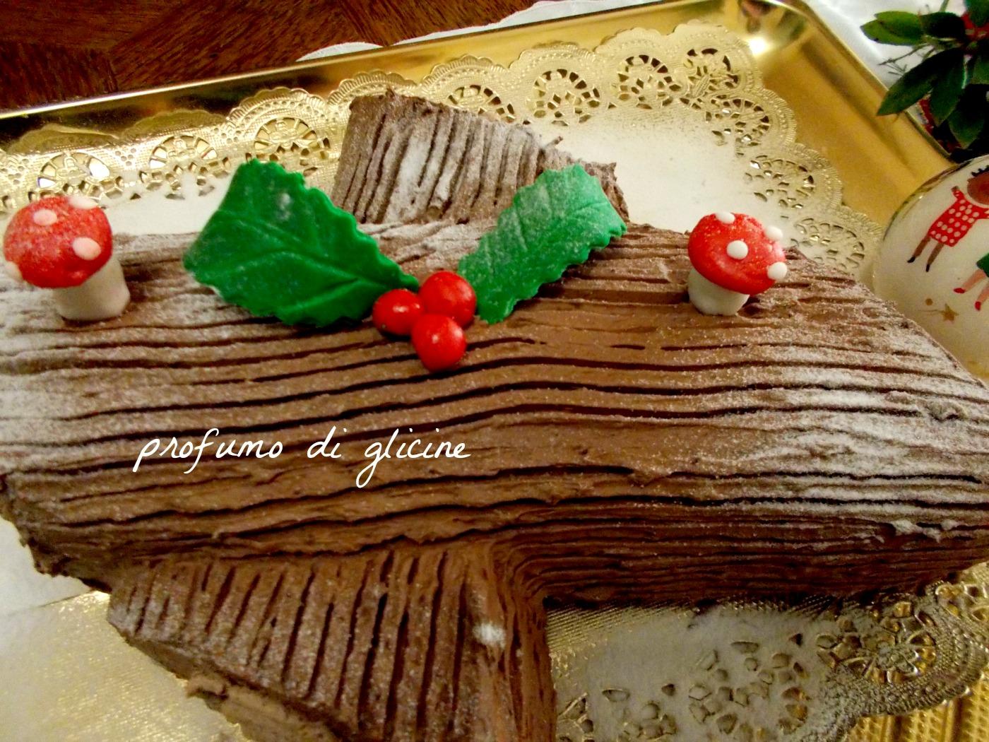 Tronchetto Di Natale Leggero.Tronchetto Di Natale Al Torrone E Nocciole Ricetta Passo Passo