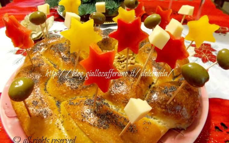 Corona di pan brioche farcita – ricetta centrotavola di Natale