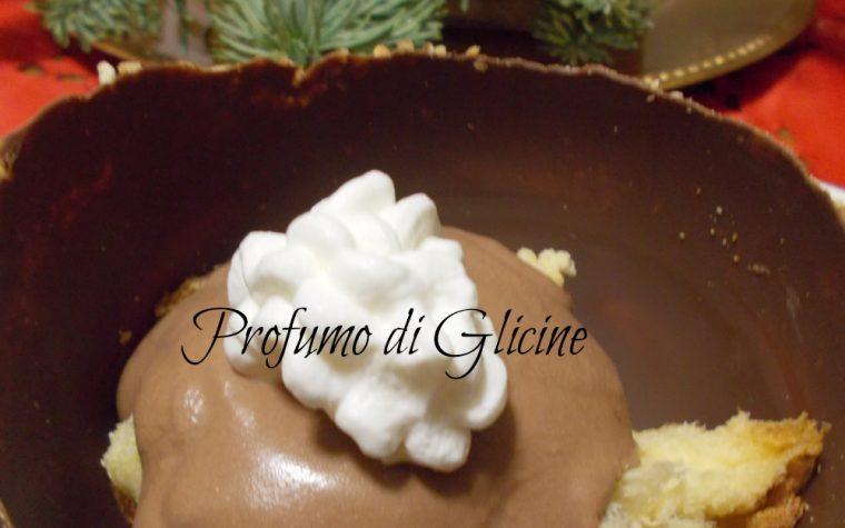 Coppette di cioccolato ripiene di panettone-ricetta per riciclare il panettone di Natale