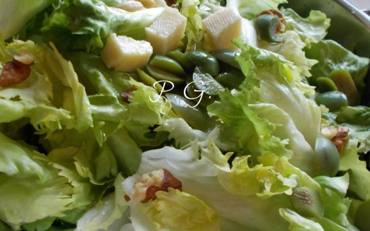 Scarole stufate – ricetta tipica napoletana