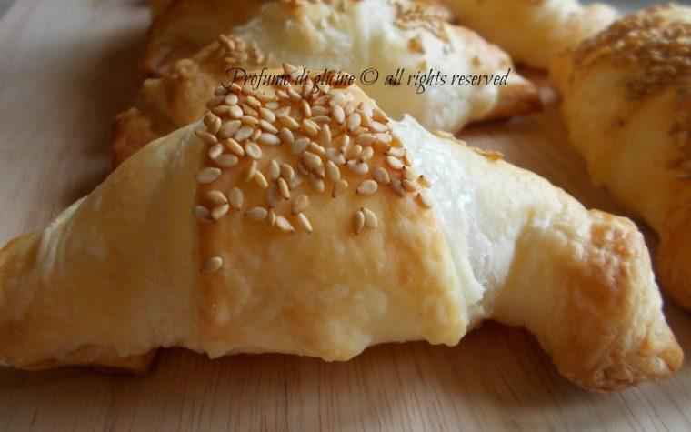 Croissant salati – ricetta facile per feste e buffet