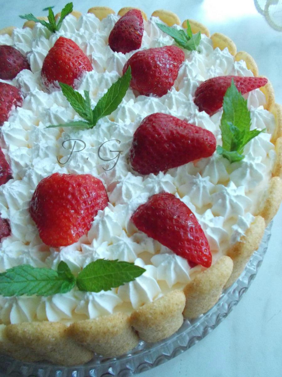 torta tiramisu alle fragole senza mascarpone e uova
