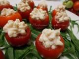 pomodorini ripieni al tonno ricetta light con gusto