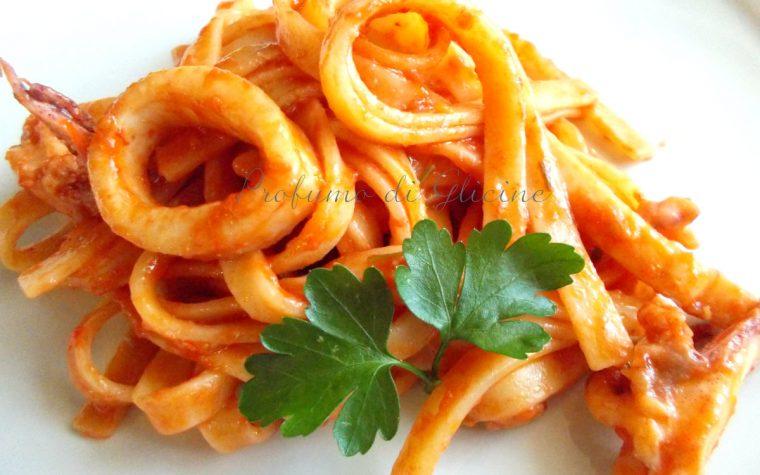 Scialatielli al sugo di calamari - ricetta napoletana
