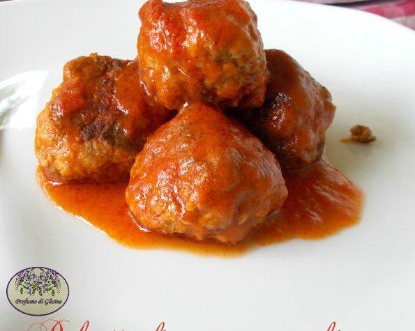 Polpette carne e zucchine al sugo – polpette saporite