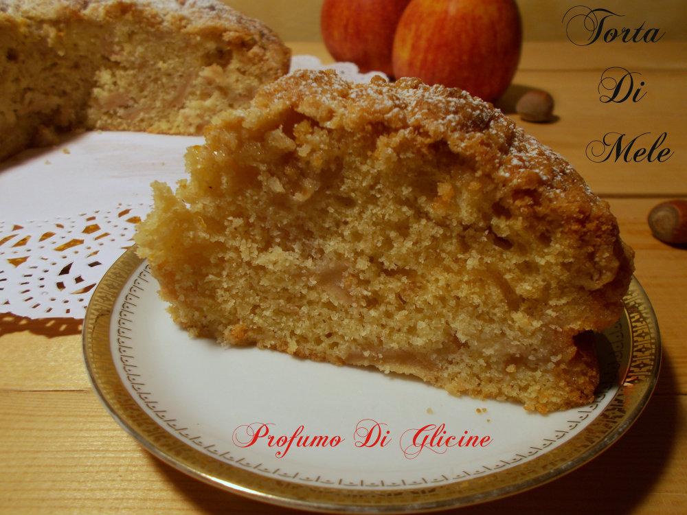 Torta di mele con streusel di nocciole