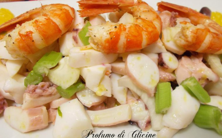 Insalata di mare con sedano e finocchi