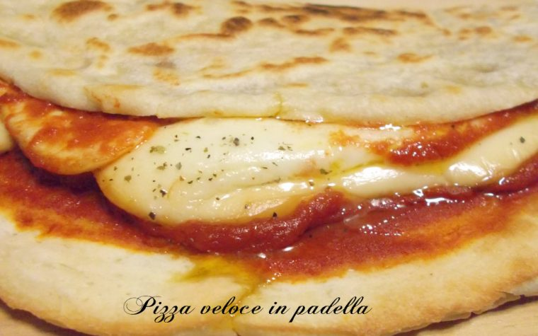 Pizza veloce cotta in padella