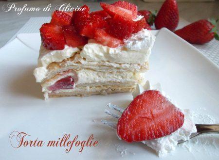 Torta millefoglie alle fragole - dolce facile e goloso