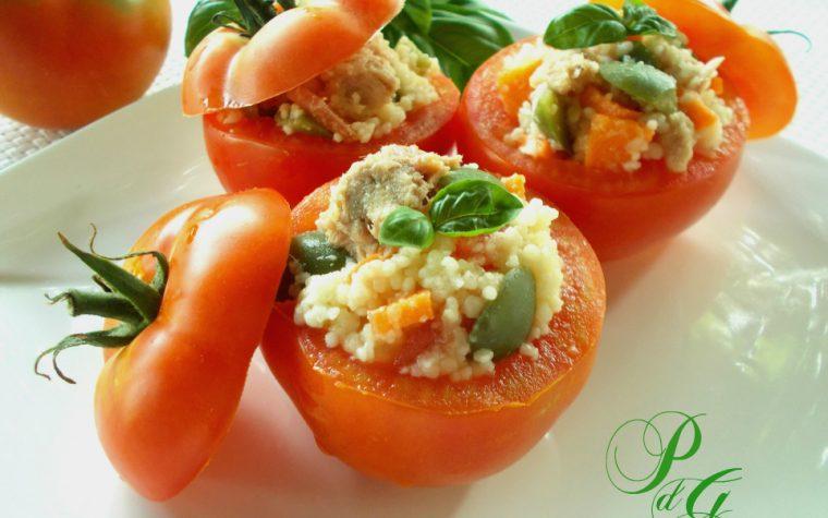 Pomodori ripieni di cous cous freddo