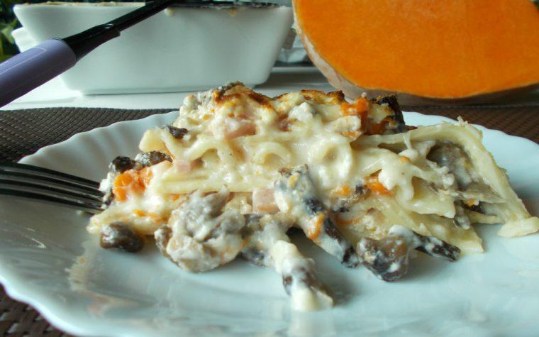 Lasagna bianca con zucca e funghi chiodini