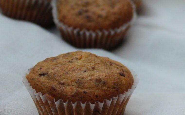 Muffin con pere cioccolato e noci