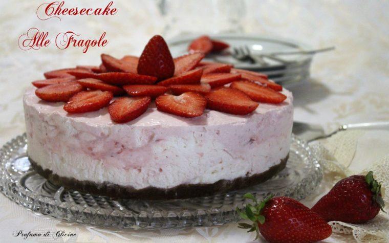 Cheesecake alle fragole - senza cottura e senza colla di pesce