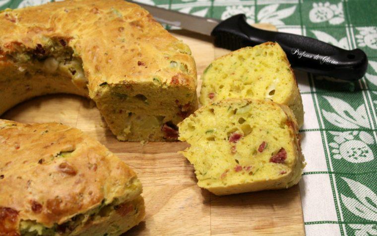 Ciambella salata con zucchine – veloce senza lievitazione