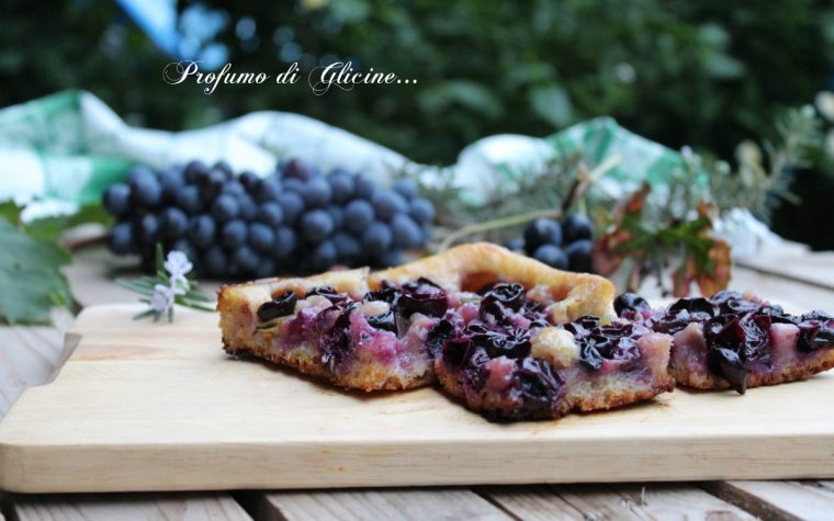 Ciaccia con l'uva – Ricetta toscana