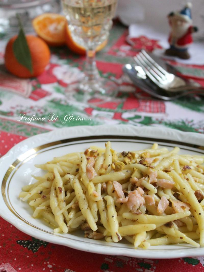 Trofie salmone e pistacchi