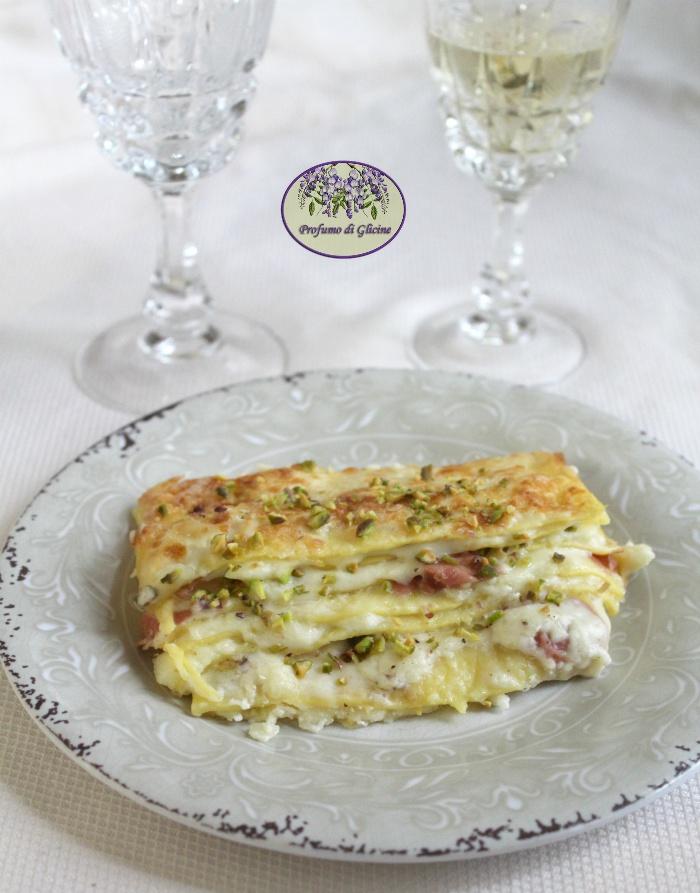Lasagne bianche mortadella e pistacchi