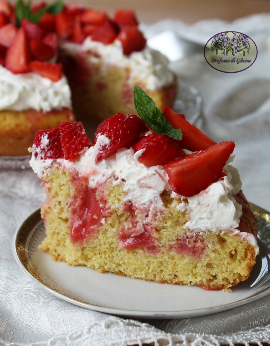 Poke cake alle fragole 3