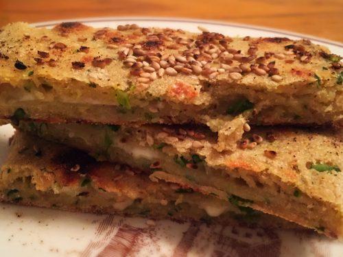Pan di zucchine e formaggio in padella